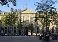 Paris, la caserne Vernes, place de la République (9594272852).jpg