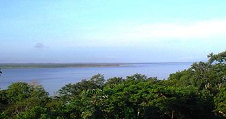 Lake Petén Itzá - Lake view from the Northeastern shore