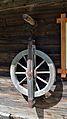 Pfarrer-Troadkasten Gasen - wooden pulley wheel.jpg