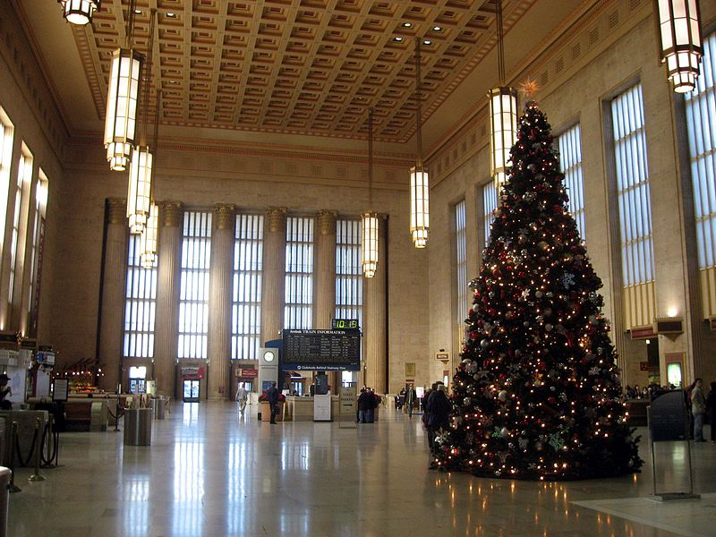 File:Phila 30th Station Christmas.jpg