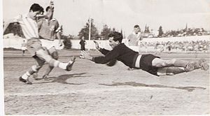 Israel national football team - Nahum Stelmach kicking; 1959