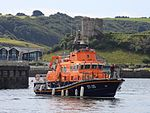 Plymouth Lifeboat 17-35 Sybil Mullen Glover coming alongside.jpg