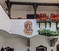 Poertschach Schloss Leonstain Innenhof 27082015 Ausschnitt 7101.jpg
