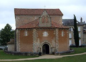 Marie Louise Trichet - Baptistère Saint-Jean (4th century) in Poitiers