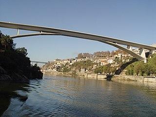Infante Dom Henrique Bridge bridge in Portugal