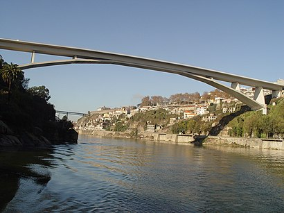 How to get to Ponte Infante D. Henrique with public transit - About the place
