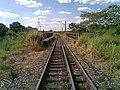 Ponte ferroviária sobre o Ribeirão Piraí no limite dos municípios de Salto e Indaiatuba - Variante Boa Vista-Guaianã km 212 - panoramio.jpg