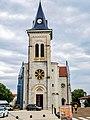 Porche et clocher de l'église Saint-Michel.jpg