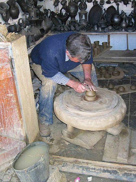 Image:Pottery Bisalhaes Vila Real Portugal 02.jpg
