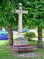 Presles (95), croix, place des martyrs de la Libération.jpg