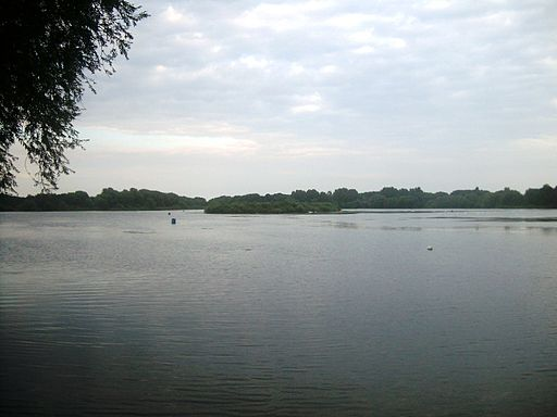 Priory Country Park lake