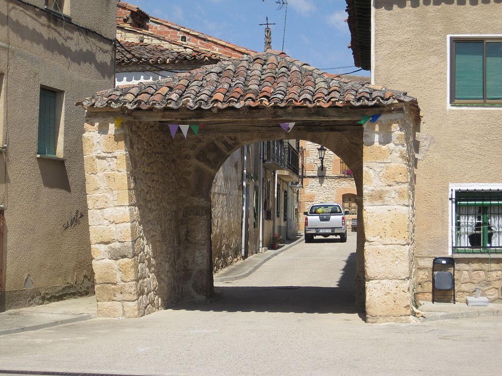 File Puerta De La Muralla Coru A Del