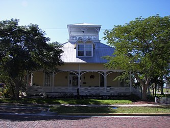 Punta Gorda Residential District house.jpg