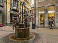 Puppenbrunnen - Krämerstraße - Altstadt Aachen - Nordrhein-Westfalen - Deutschland (21323707774).jpg