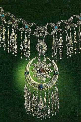 Ganja Khanate - Ganja khanate gold jewellery (Azerbaijan State Museum of History)