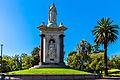 Qween Victoria Memorial.jpg