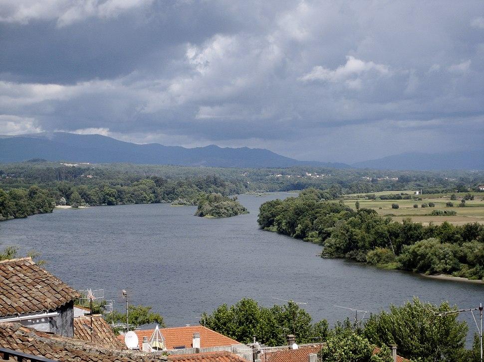 Río miño Tui Galicia