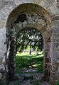 Revers du portail sud de l'ancienne église Saint-André, Saint-André-des-Eaux, France.jpg