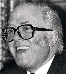 Richard Attenborough (1983)