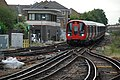Richmond. S7 Stock & SR Signal Box.jpg