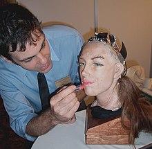 Robot-human-face-Lipstick.jpg