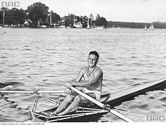 Roger Verey 1936.jpg