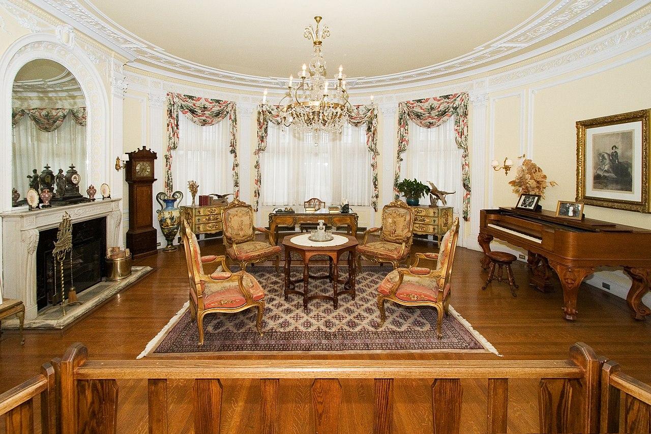 File Round Room Casa Loma Toronto Canada Jpg Wikipedia