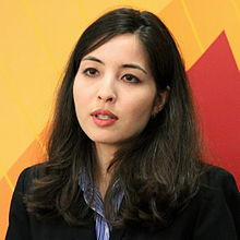 Roxana Saberi speaking.jpg