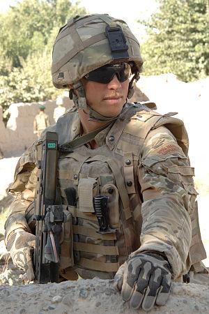 Mk 7 helmet - A Royal Marine from 40 Commando wearing a Mk 7 helmet, and Mk 3 Osprey body armour, in Sangin, Afghanistan.