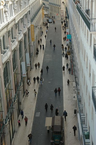 Archivo:Rua do Carmo.JPG