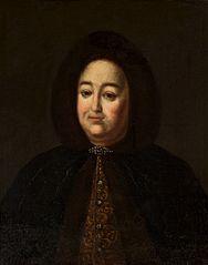 Portrait of a woman in a fur coat.