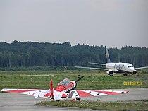 Ryanair B737 - ZLIN 526 - Altenburg-Nobitz.JPG