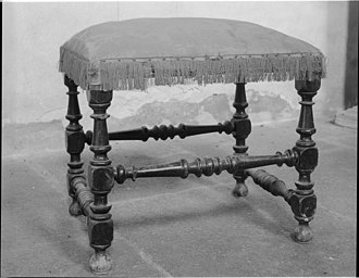Spindle turning - Upholstered stool, with frame members made by spindle turning