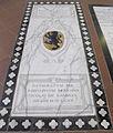 S. croce, tomba sul pavimento 99.11 de barbigia.JPG