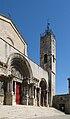 Saint-Gilles-du-Gard Abbatiale 01.jpg