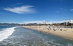 Santa Monica Beach 2 (14952128884).jpg