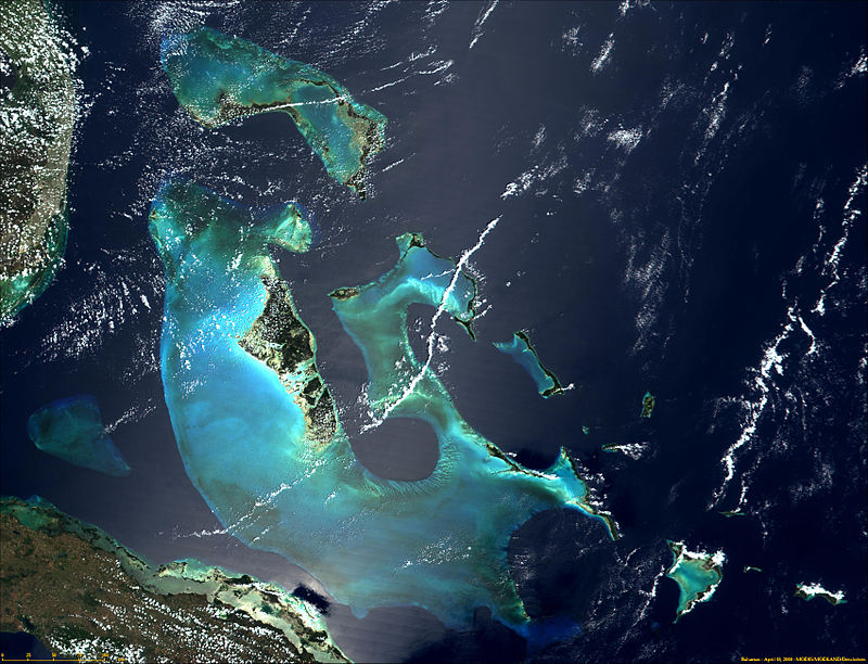 Satellite image of Bahamas in April 2000.jpg