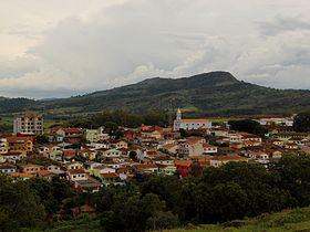 Serrania Minas Gerais fonte: upload.wikimedia.org