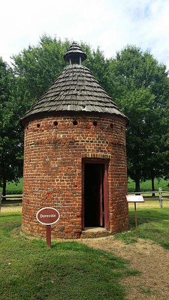 Shirley Plantation - Shirley Plantation dovecote
