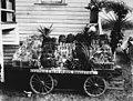 Show exhibit for Campsie Fruit Farms at Ormiston, 1914 (7492072604).jpg