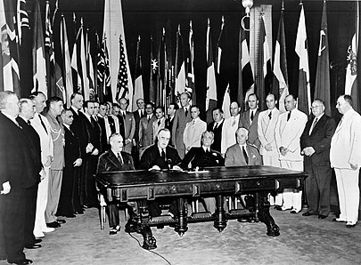 Signing Declaration by United Nations