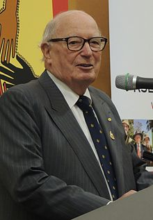 Sir Eric Neal, Chancellor of Flinders University (2002-2010)