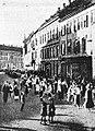 Slavnostni obhod v Mariboru z narodnimi nošami ob proslavi osvoboditve.jpg