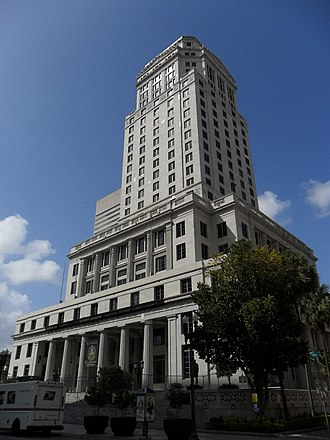 Miami-Dade County Courthouse - Image: Southwest side of the Dade County Courthouse in March 2011