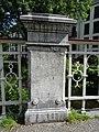 Spiegelnisserbrug - Crooswijk - Rotterdam - Stone pillar in metal railing.jpg