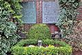 St.-Elisabeth Essen-Frohnhausen Friedhof1.JPG
