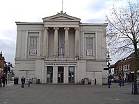 St Albans, The Town Hall - geograph.org.uk - 87855.jpg