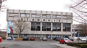 280px-Stadhuis_van_Waregem_-_Belgi%C3%AB
