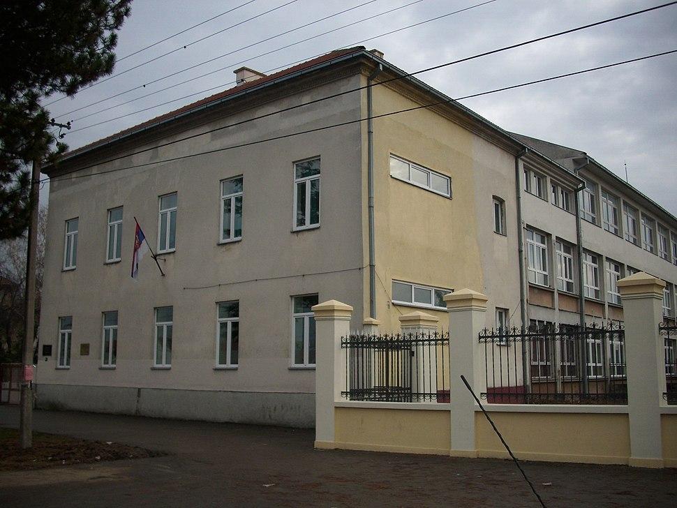 Stara Pazova - gimnazija Branko Radičević