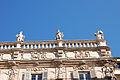 Statue palazzo Maffei bis.jpg